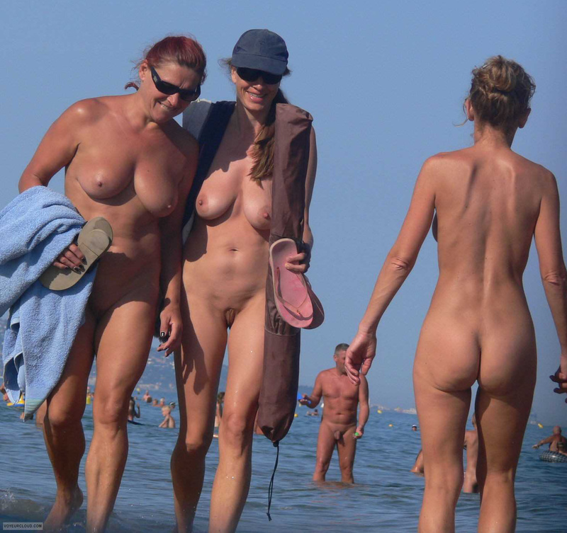 Mature nude beach women