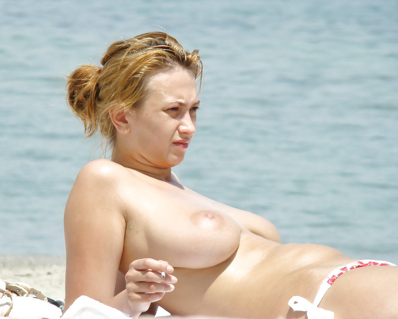 Nude italian women at the beach