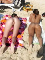 Nudist swinger women at the beach
